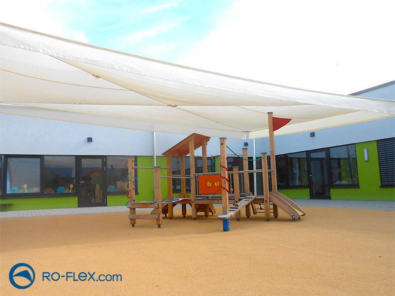 Sonnensegel beige für Kindergarten