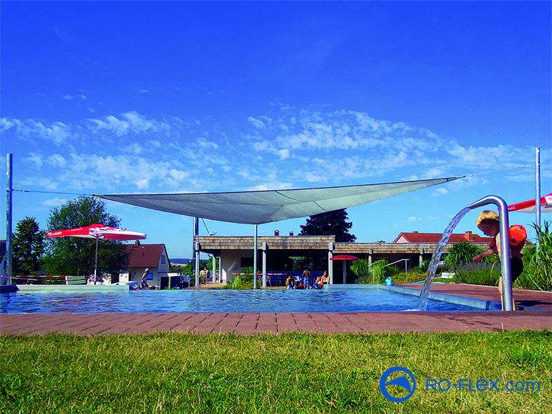 Sonnensegel für Schwimmbad