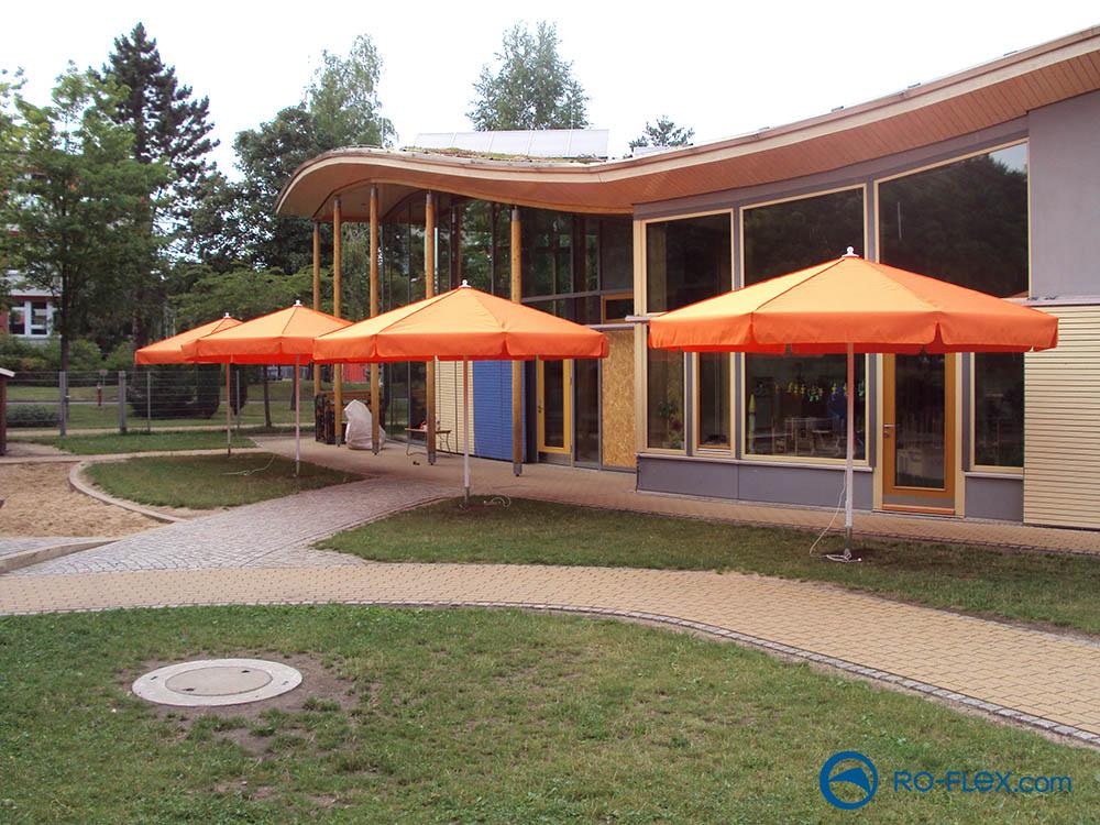 Sonnenschirm mit Volant, rund, orange