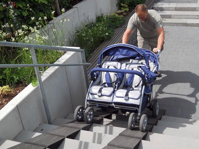 Kinderwagenrampe 25cm breit