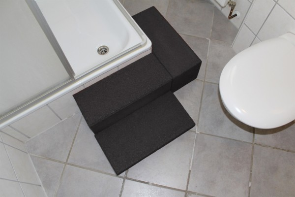 Shower tray entry aid Type IV 4 pieces + rubber granulate adhesive black