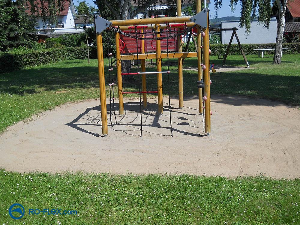 RO-FLEX Sandreinigung Spielplatz Karlburg nachher