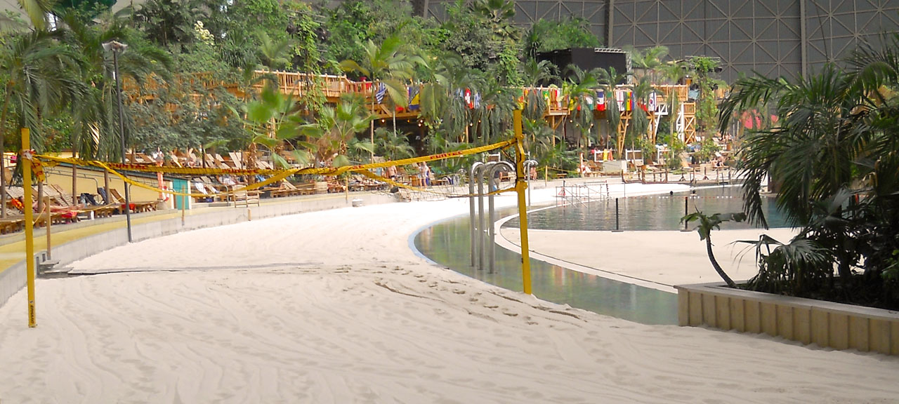Tropical Island Sandreinigung