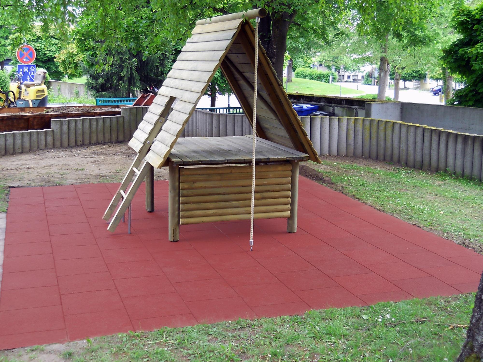 Fallschutz Spielplatz